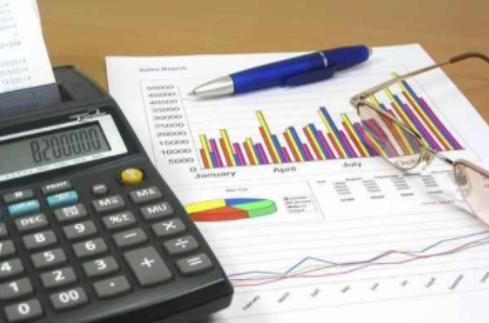 资产总额、从业人员如何计算?