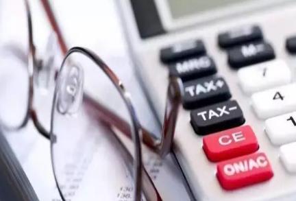 事务所的成本战略实施应该具备的条件?
